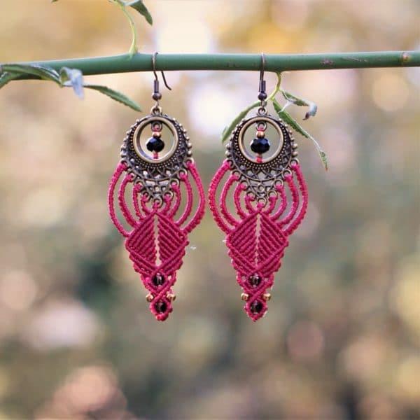 Boucles d'oreilles ethniques rouges