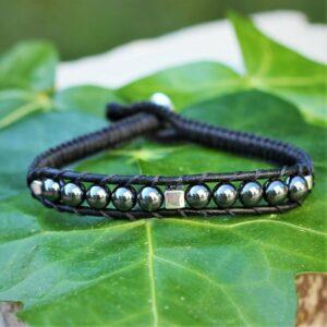 Comment nettoyer des bijoux - Bracelet homme en cuir tressé noir et gris - MIA Provence
