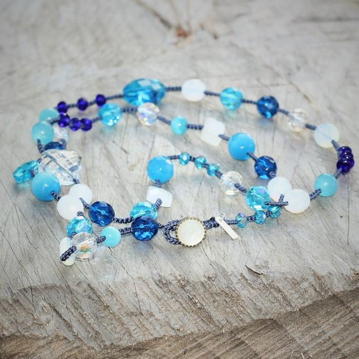 Collier sautoir femme sautoir en perles de la marque de bijoux fantaisie MIA Provence
