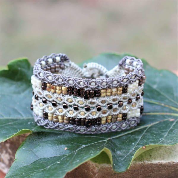 Bracelet manchette le Tropézien XL dans les tons beige et marron