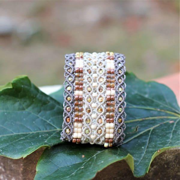 Bracelet manchette le Tropézien XL dans les tons beige et crème