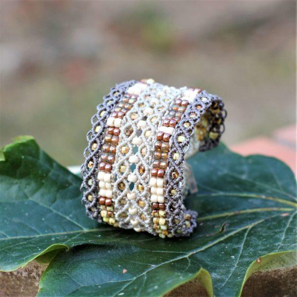 Bracelet manchette le Tropézien XL dans les tons beige