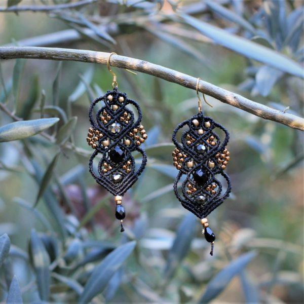 Boucles d'oreilles baroques marron et gold en micro-macramé