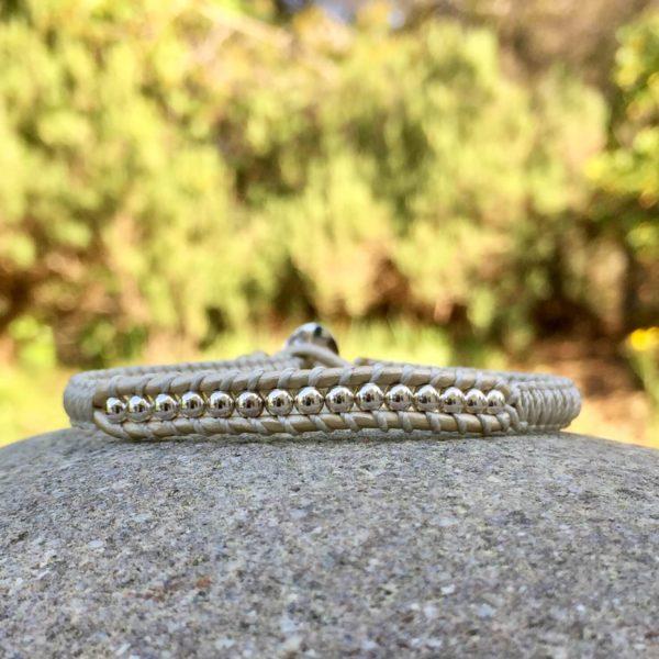 Bracelet Mounine couleur créme métallisée