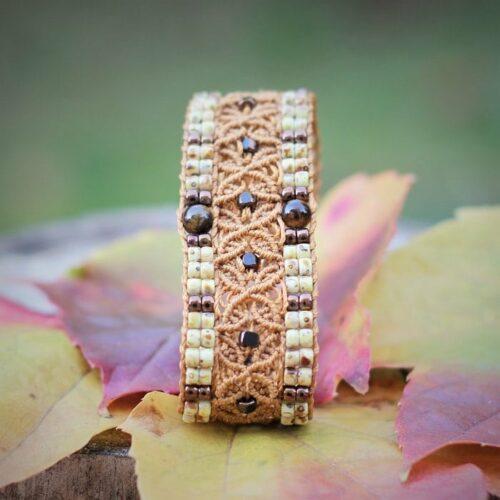 Bracelet fantaisie de créateur ocre en fil et perles de rocaille - MIA Provence