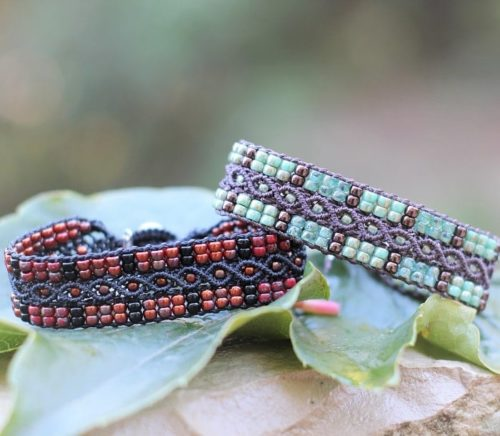 Bracelets en perles de rocaille rouge et vert turquoise