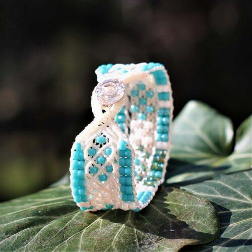 Bracelet bijou boheme blanc et bleu