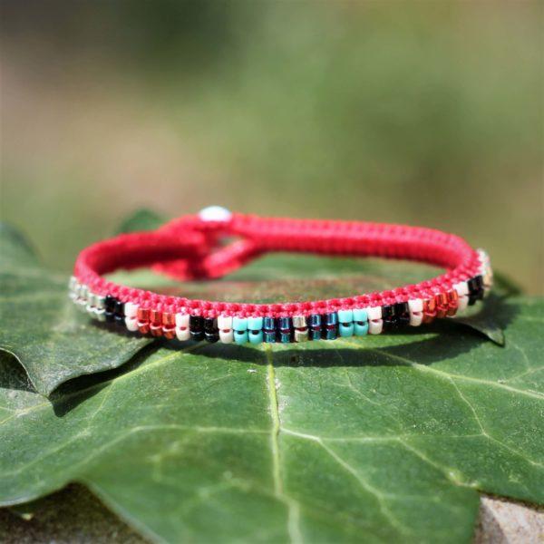 Bracelet le Cassidain rouge en cuir, argent et perles de rocaille Miyuki