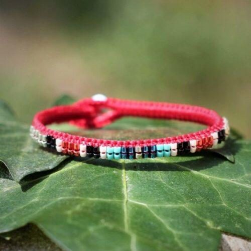 bracelet coloré d'été rouge