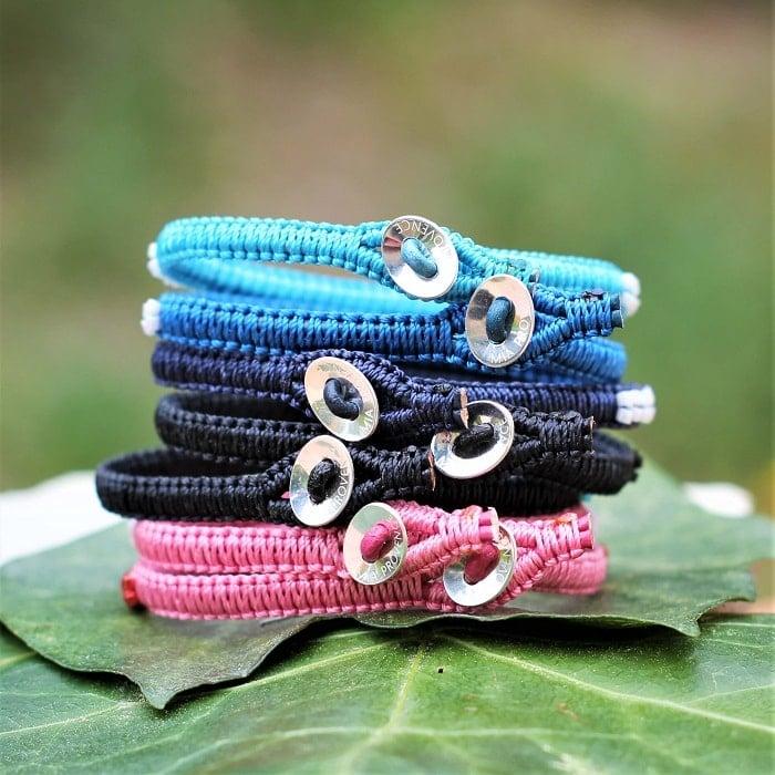 Fermeture boutonnière des bracelets colorés femme - MIA Provence