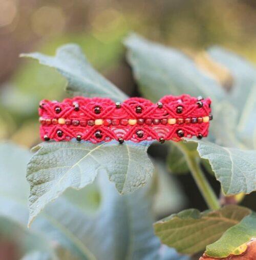 Bracelet style bohème chic rouge