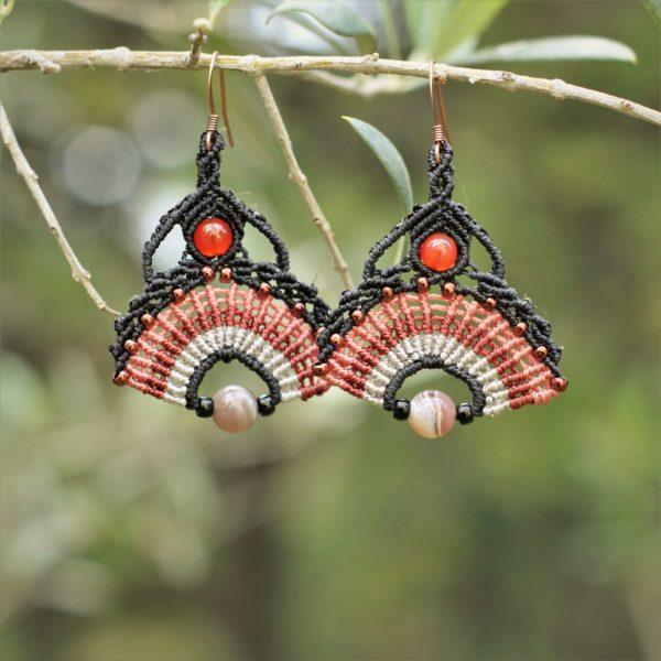Boucles d'oreilles éventail noires et roses