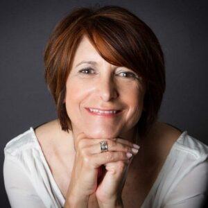 Martine Didier créatrice des bijoux MIA PROVENCE