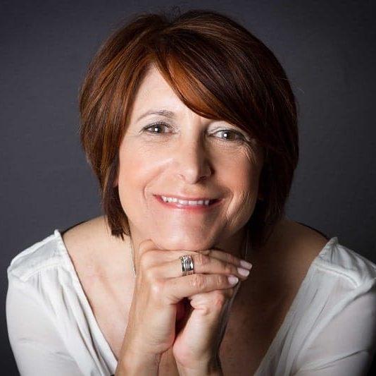 Martine Didier créatrice des bijoux fantaisie MIA PROVENCE