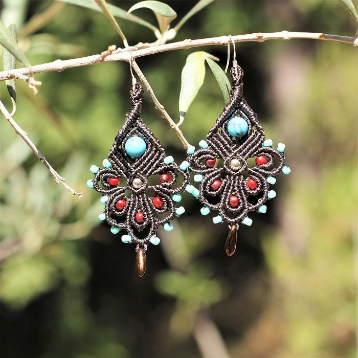 Boucle d'oreille bohème aux couleurs style bijoux amerindien