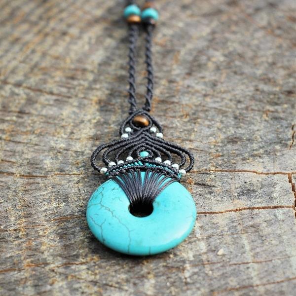 Bijoux ethnique chic turquoise - les différentes pierres