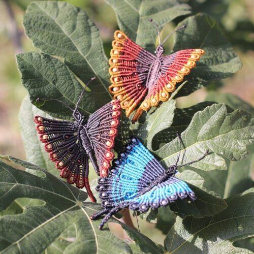 Broche papillon multicolore