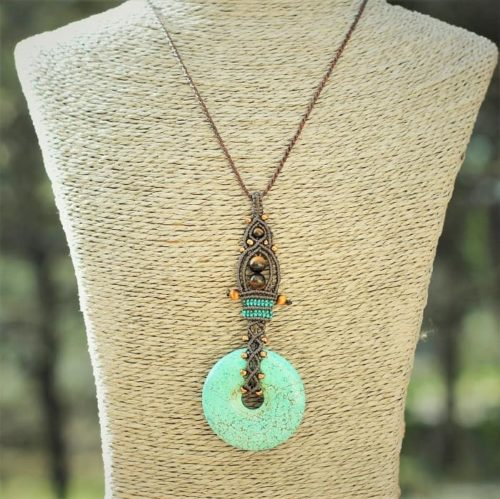 collier pendentif pierres fines semi précieuses - MIA Provence